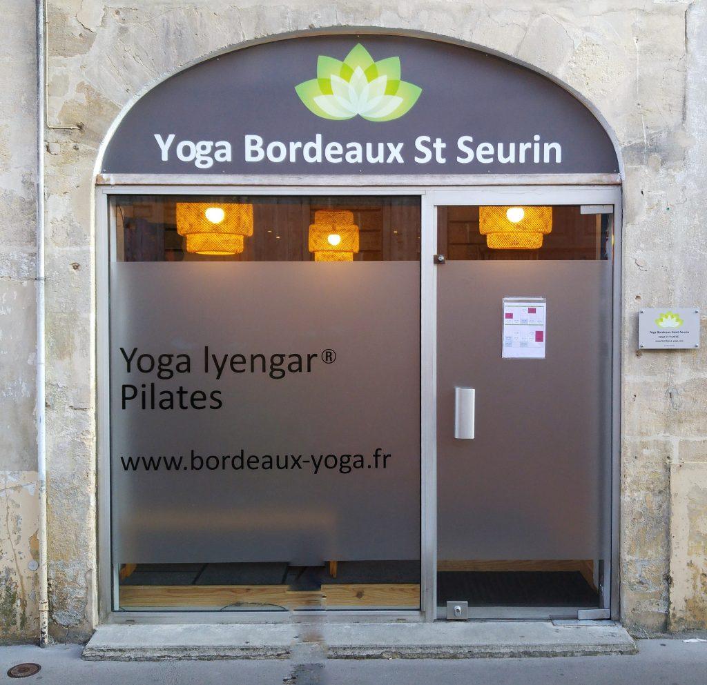 vitrine Yoga Bordeaux St Seurin